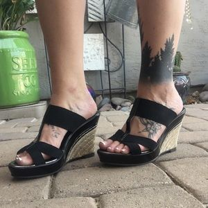 NEW Charles Wedges
